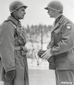 Military Generals Talking